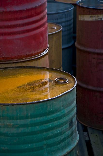 Oil Barrels 640px