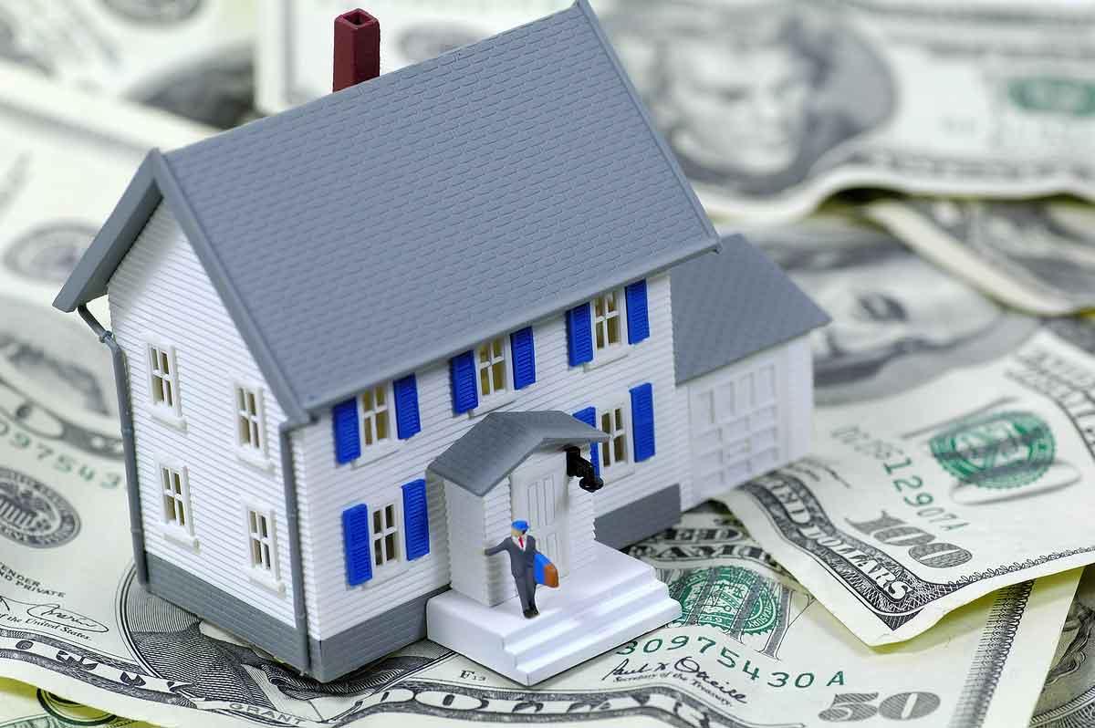 source: http://www.debthelperusa.com/wp-content/uploads/2011/07/money_home.jpg
