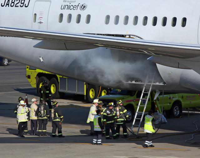 Boeing 787 Jet on Fire