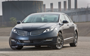 2013-Lincoln-MKZ-front-three-quarters