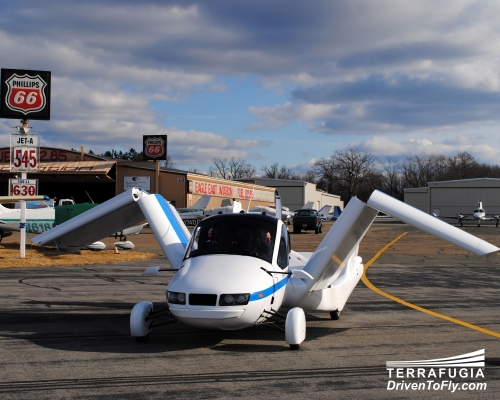 terrafugia airplane car