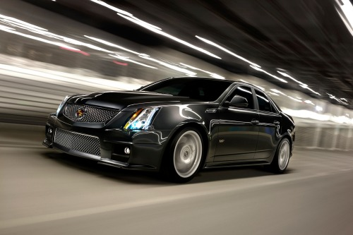 2013_cadillac_cts-v_sedan_base_fq_oem_3_500