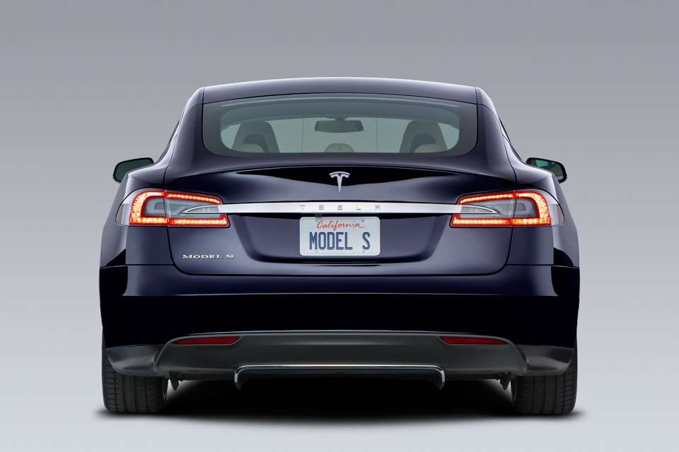 Tesla model-s-blue-rear_960x640_0