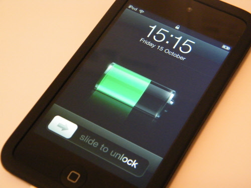 iPod Touch 4G Apple charging