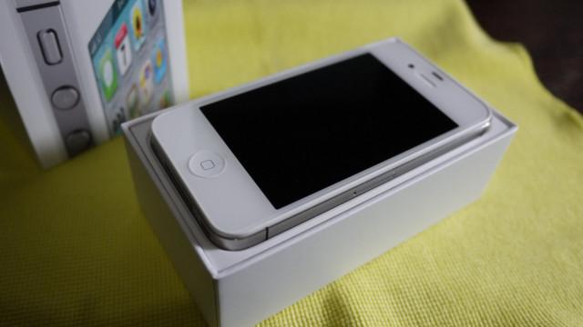 iPhone 4S 2011