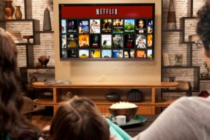 3 Media Stocks in Focus: Netflix Loses Steam, Viacom's Growth to Slow, Disneyland Hong Kong Expands