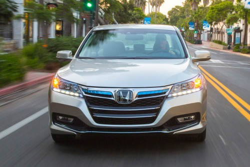2014_honda_accord-plug-in-hybrid_sedan_plug-in-hybrid_f_oem_2_500