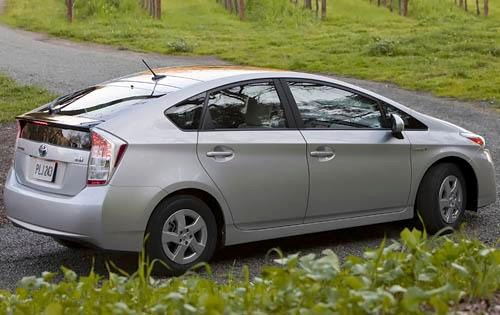 2010_toyota_prius_4dr-hatchback_ii_rq_oem_3_500