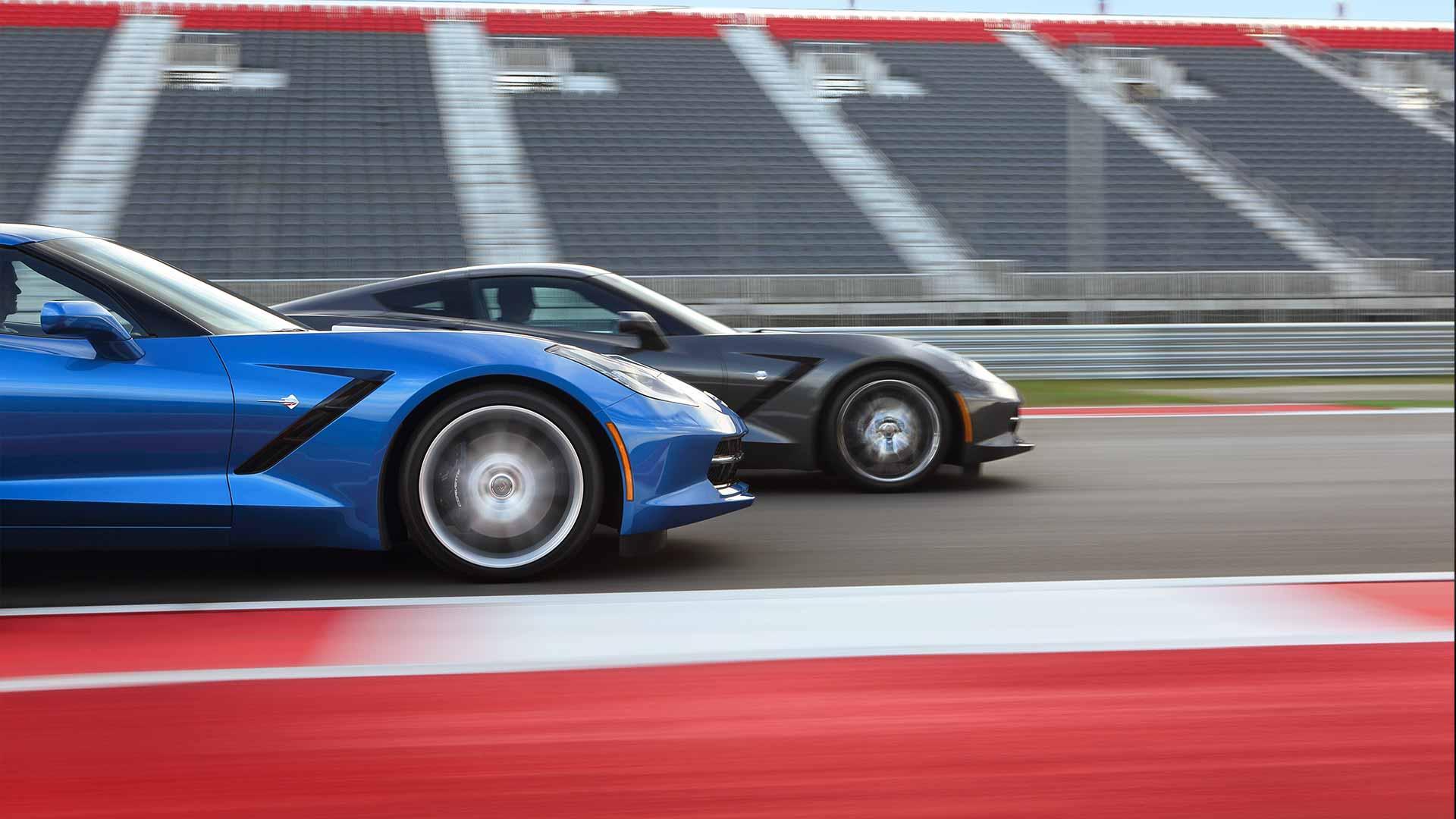 2014-chevrolet-corvette-coupe-photo-videos-exterior-stage-1920x1080-10