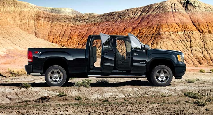 2014-gmc-sierra2500hd-photos-videos-exterior-stage-980x400-06