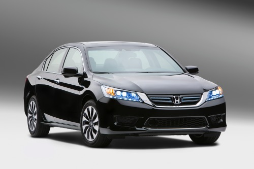 2014_honda_accord-hybrid_f34_carnews_92313_500