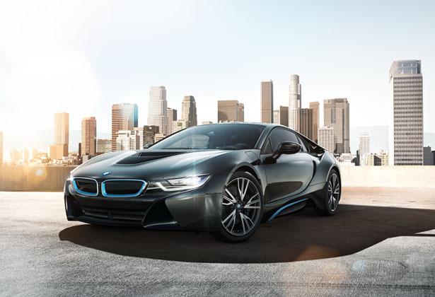 Tesla Eyes a Stronger Opponent in BMW i8