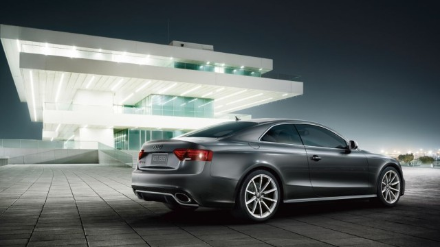 2013-audi-rs5-coupe-beauty-exterior-009