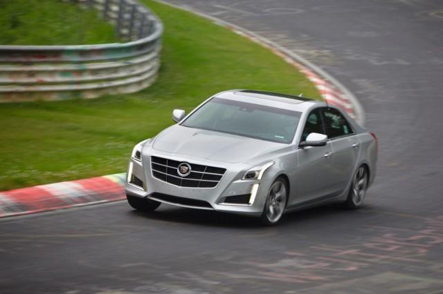 2014-Cadillac-CTS-Sedan-024-medium