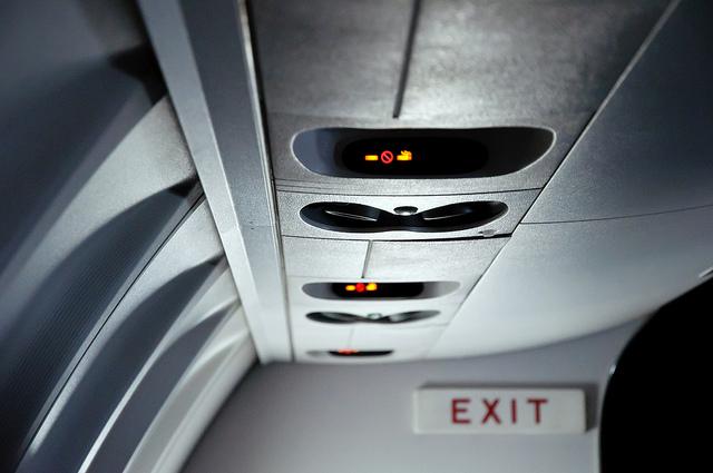 airplane, air vent