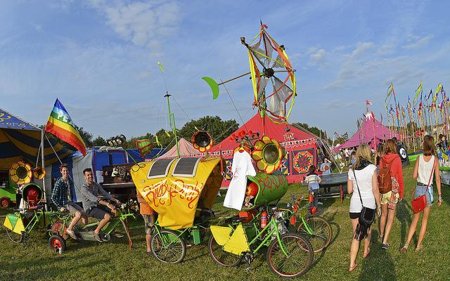 festival, crowds, fun, travel