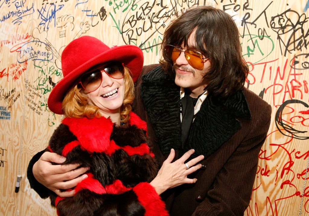 Linda Ramone (L) and Jordan (R) | Amy Sussman/Getty Images
