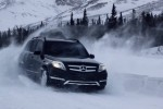 5 Luxury Cars That Rich People Want the Most for Christmas