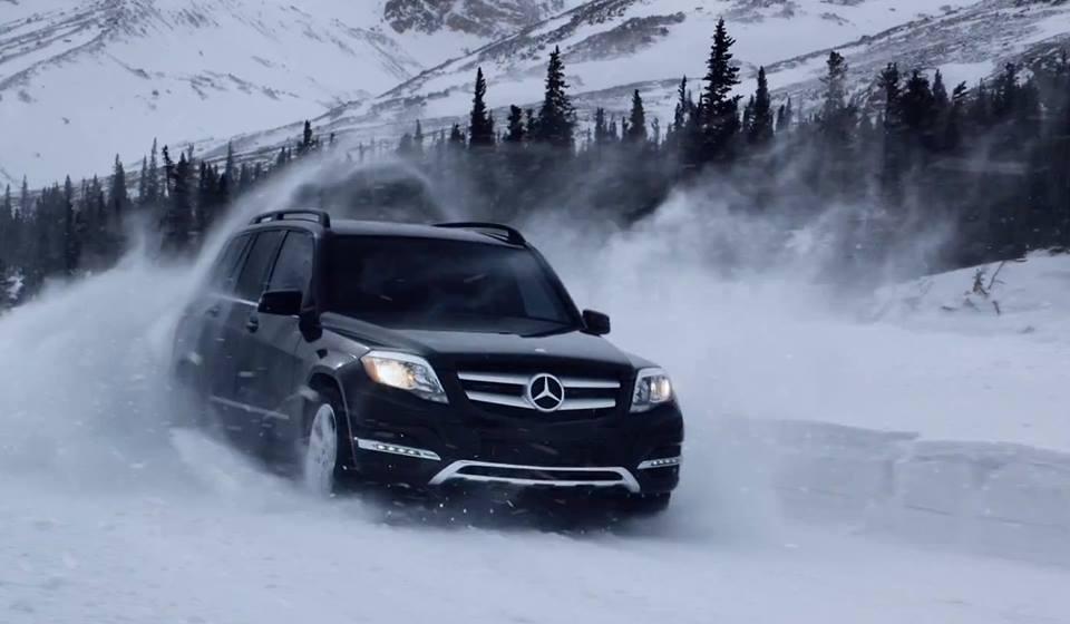 Mercedes in Snow