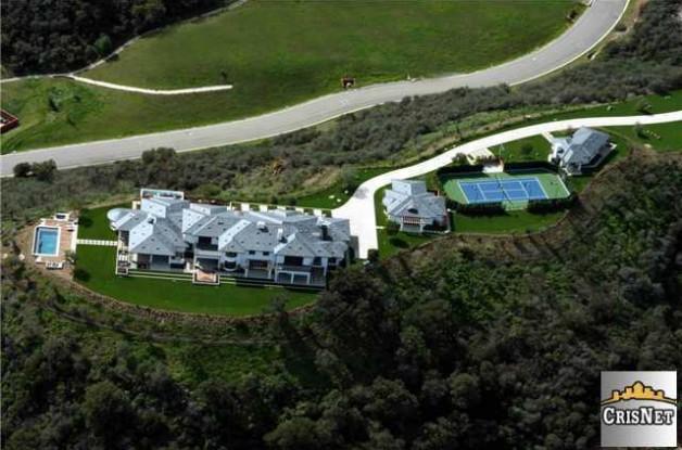Source: http://www.realtor.com/news/tennis-legend-pete-sampras-sells-modern-mansion/