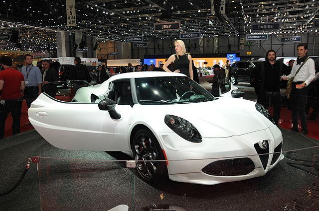 640px-2013-03-05_Geneva_Motor_Show_8287