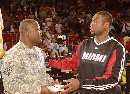 Dwayne_Wade_HOMEStrong_Program_Pregame_March_2,_2009