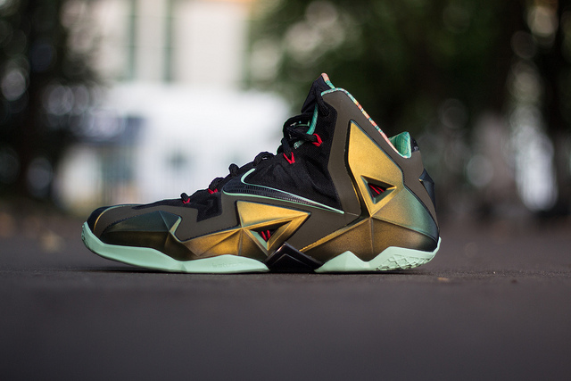 Inventive Lebron 11s Street Price Clothing, Shoes & Accessories Athletic Shoes