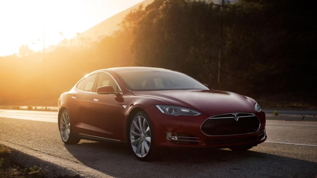 Tesla Model S Red