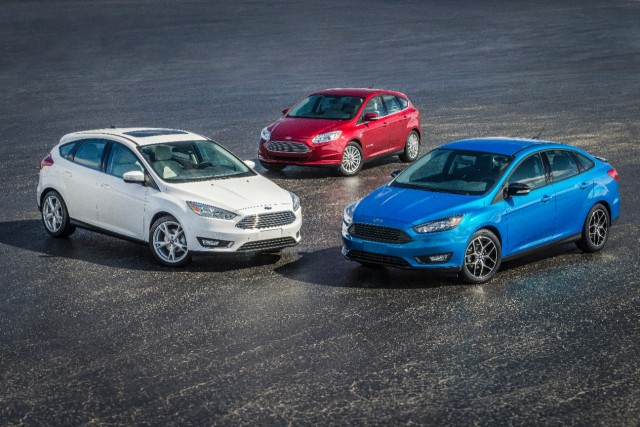 15FordFocusFamily_01_HR
