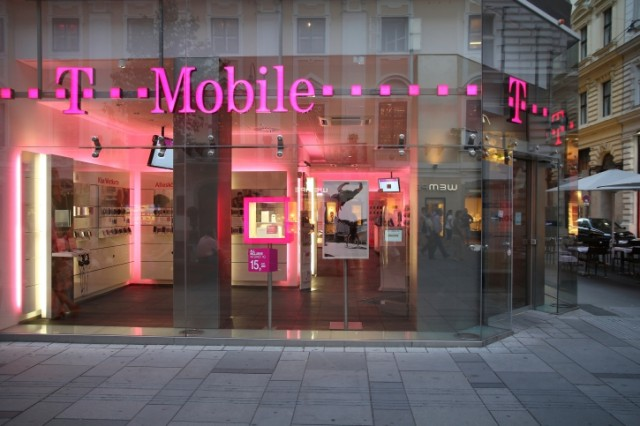 Will T-Mobile's New Promotions Give Apple a Leg Up on the Competition?
