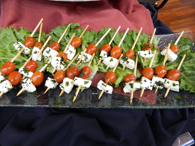 7 Easy Party Finger Foods For Your Outdoor Feasts