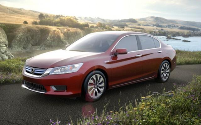2014-honda-accord-hybrid-sedan-2