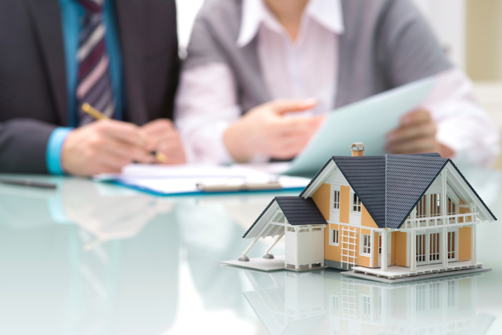 buying a foreclosed house