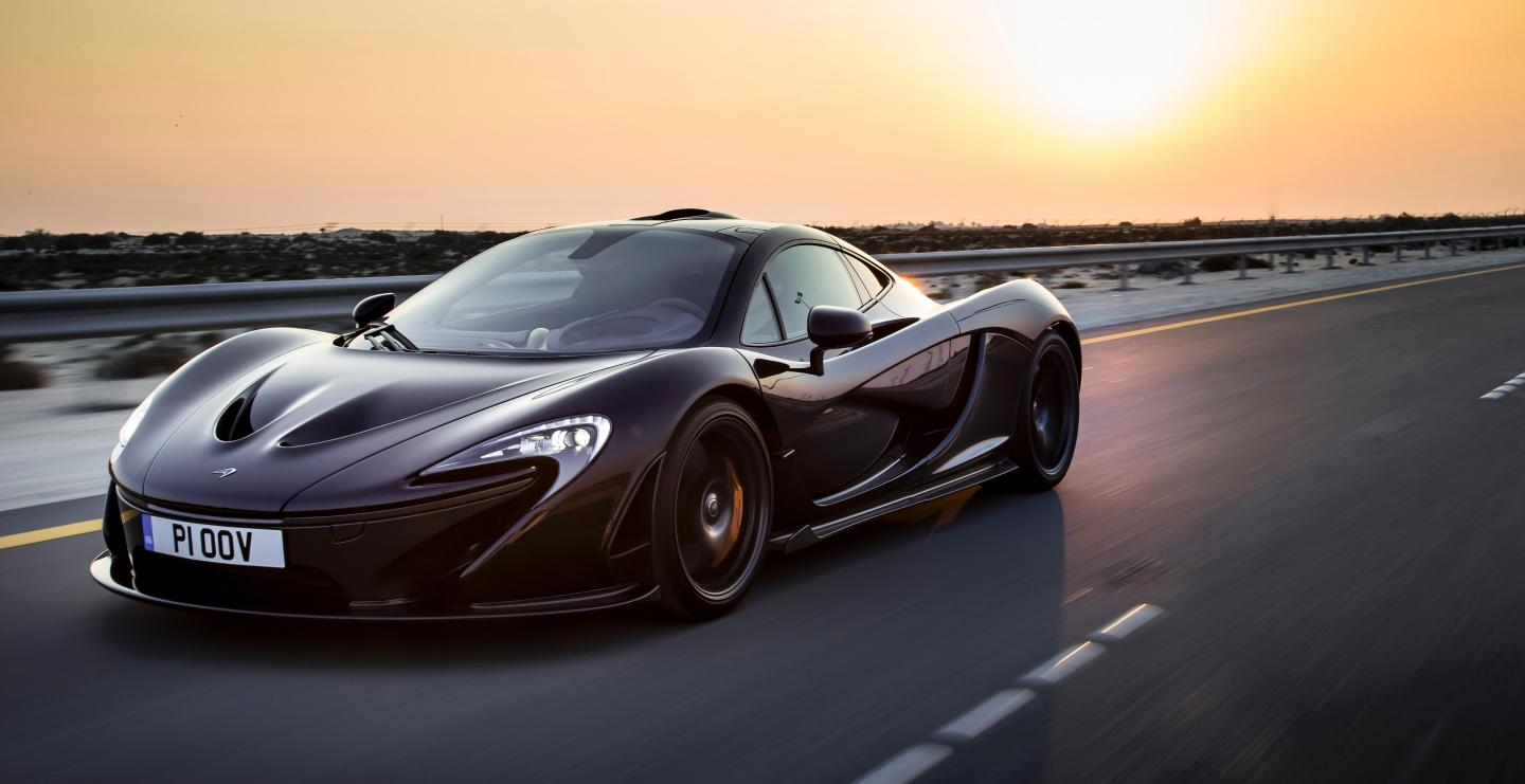 10 production cars that hit 0 60 the quickest. Black Bedroom Furniture Sets. Home Design Ideas