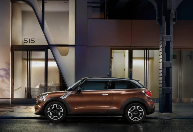 With a rising shoulder line and tapered roof, the Paceman cuts a