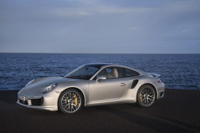 Porsche 911 Turbo S _8_