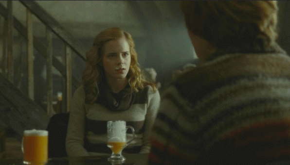 source: http://collider.com/wp-content/uploads/harry-potter-butterbeer-600x342.gif