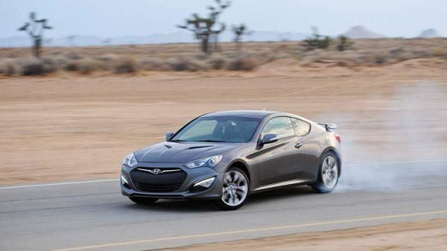 2014-genesis-coupe-21