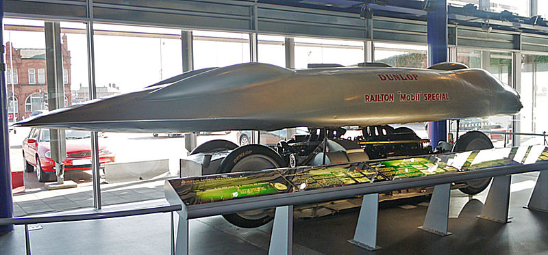 Source: Geni - http://commons.wikimedia.org/wiki/File:Railton_Special_from_rear_and_side_with_the_shell_lifted.JPG