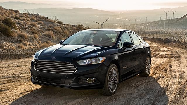 9 hybrid sedans with 5 star safety ratings for 2015. Black Bedroom Furniture Sets. Home Design Ideas