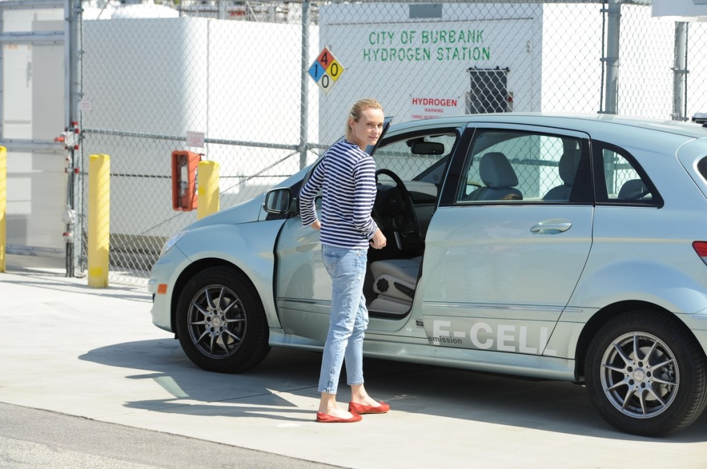 Actress Diane Kruger with the Mercedes-Benz F-CELL