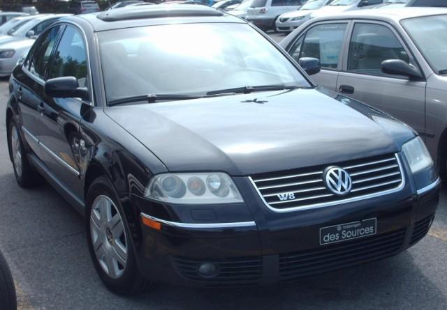 '02-'05_Volkswagen_Passat_W8_Sedan