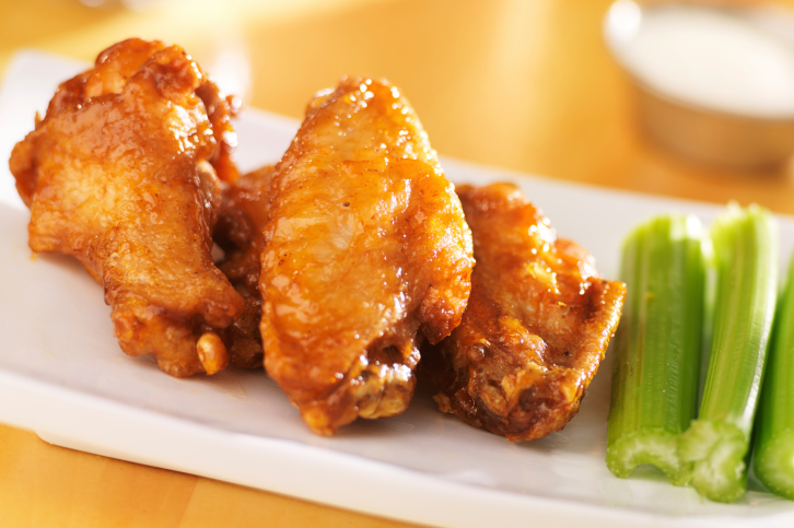 buffalo wings and celery