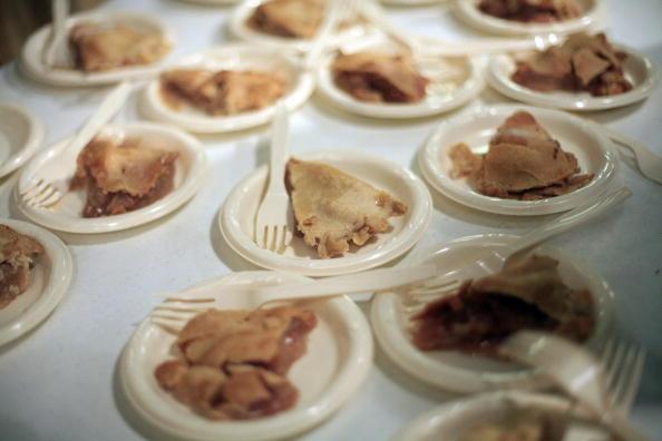 apple pie on plates