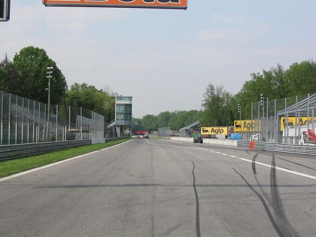 800px-Autodromo_Monza