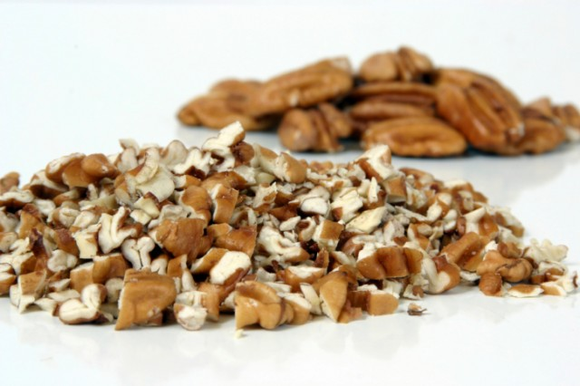 pecans, chopped and whole