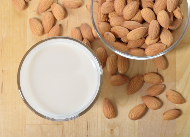8 Foods That Help Your Body Fight Stress