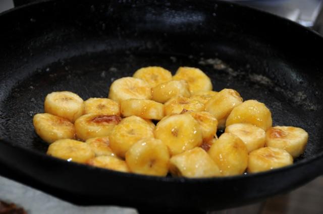 Caramelized bananas