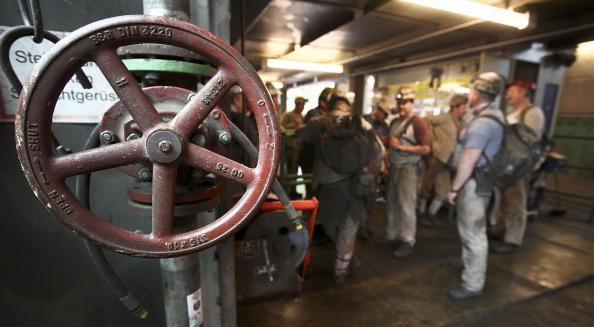 Miners prepare for a shift