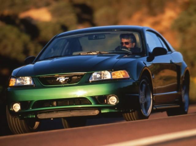 1999_Ford_SVT_Mustang_Cobra